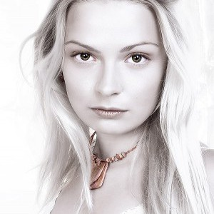 Beautiful Pure White Colors Portrait Effect in Photoshop
