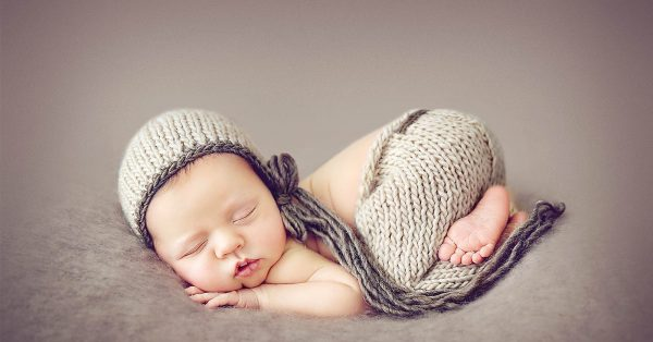 Newborn Photography Bootcamp Online Class with Kelly Brown