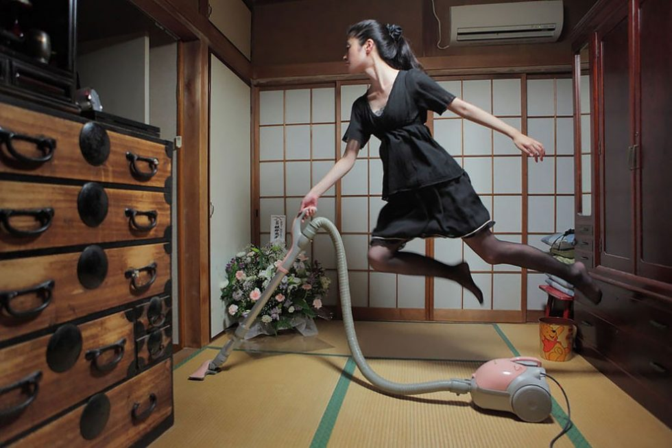 Surreal And Beautiful Photography of Tokyo's Levitating Girl, plus Photoshop Tutorial.